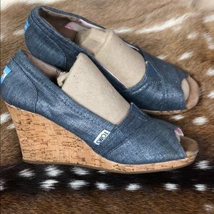 Toms Metallic Denim Wedges Size W7